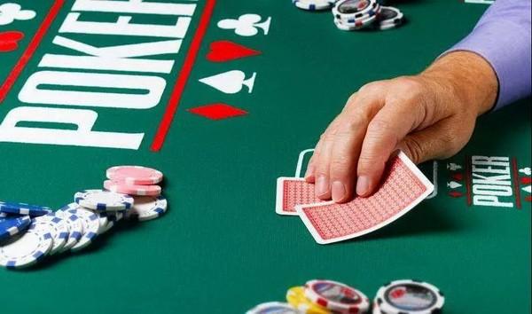 德州扑克牌手不可不知的重要概念:筹码底池比