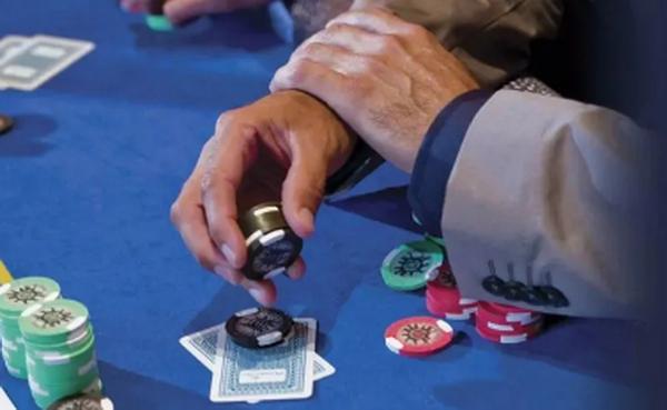 德州扑克最简单的五个法则,第四条有多少人能做到?