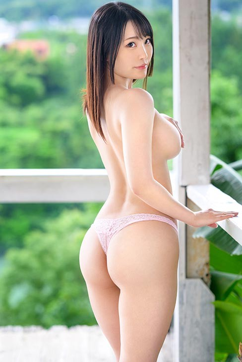 BGN-060 :巨乳美少女渚好美「究极肉体」整身呈现完美S型!