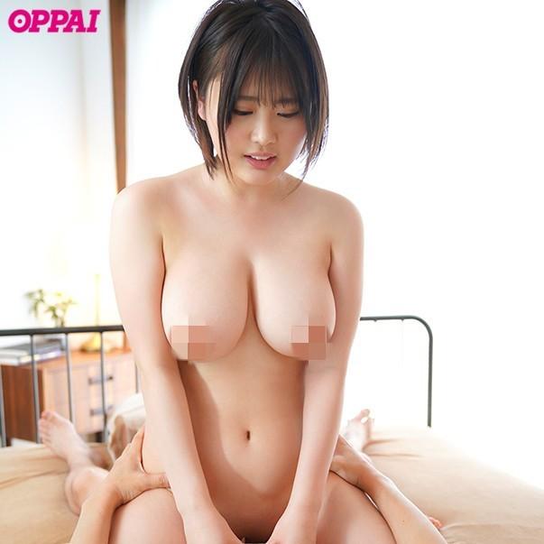 "PPPD-932 :超肉感巨乳美少女""苍井りあん(苍井梨杏)""第一次演出就潮吹!"