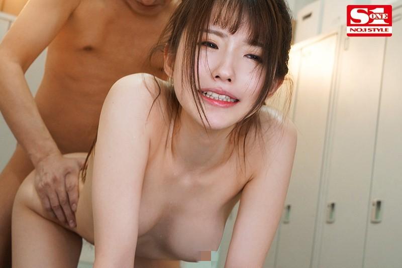 "SSIS-070 :学生会长""乙白さやか""遭校园凌辱强暴,又被老师硬上!"