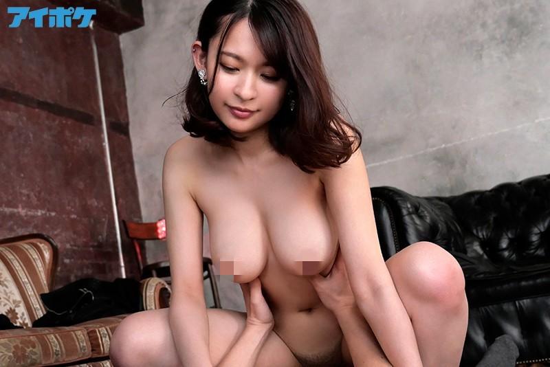 梓光莉(梓ヒカリ)作品 IPX-671:火辣痴女主动求欢,转守为攻逆奸男优。