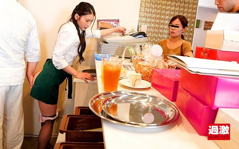 """""""本庄铃""""作品 NHDTB-466 :甜美正妹""""本庄铃""""店内脱衣狂撩小鲜肉,到哪打工都被X!"""