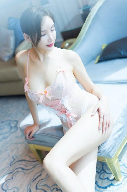 性感御姐奶瓶土肥圆情趣睡衣露乳晕