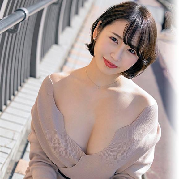 あさみ润(朝美润) 作品Kuse-017:美巨臀熟女洗澡时都还被偷袭。