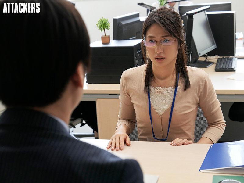 川上奈々美(川上奈奈美)作品ADN-335:保守女公务员和已婚男发展成激烈肉体关系.
