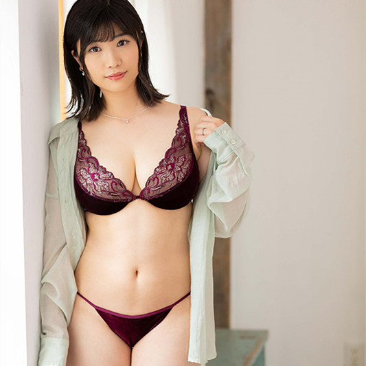 "JUL-679 :人妻""松冈なつ美(松冈夏美)""被各种羞耻的姿势狂抽猛送叫不要⋯"