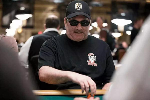 Mike Matusow以1.5倍溢价出售WSOP股份遭受抨击